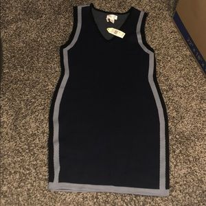Optical illusion dress size 16 NWT. Navy blk & gry
